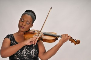 Violinist Chelsey Green turns to Growth Group for her music taxes and accounting *Photo Courtesy of ChesleyGreen.com*